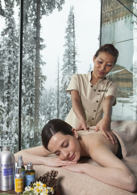 The Khyber Spa by L'OCCITANE-massage by a stunning vista