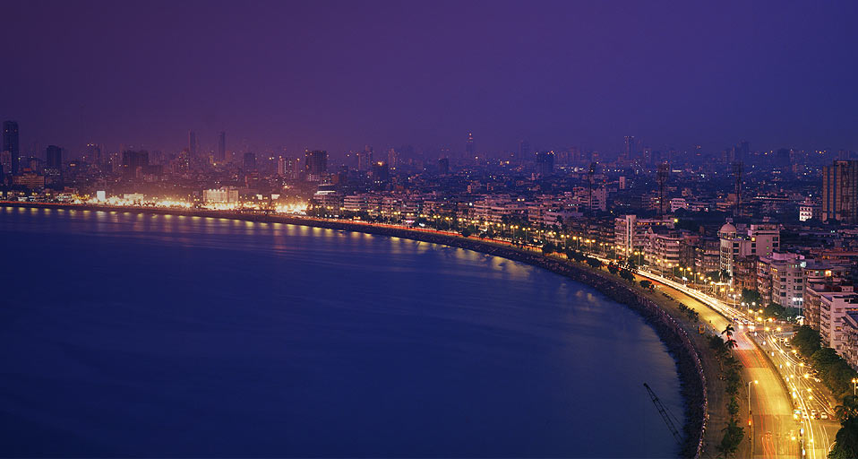 Marine Drive, Mumbai, Photo: mouthshut.com