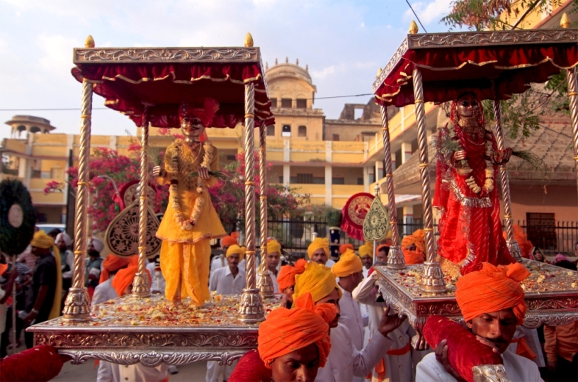 People of Shahpura carry the idols of Isar Maharaj and Gangaur Mata, Jaipur, Rajasthan, India