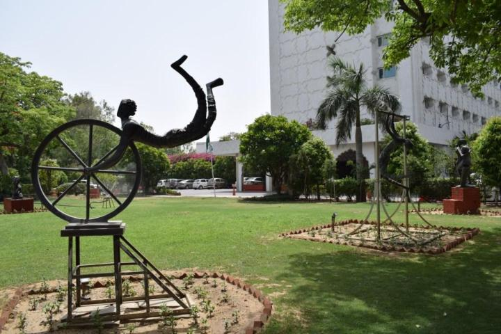 Sculptures by Ankit Patel on the grounds of Clarks Amer, Jaipur, Rajasthan, India