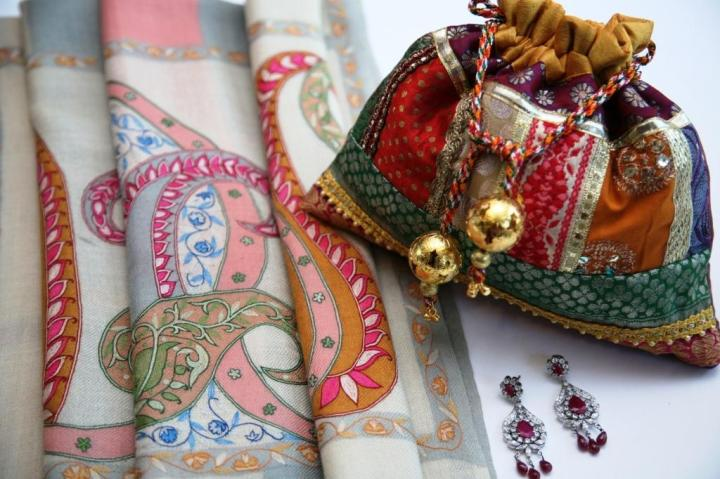 collection of Pashmina, Potli Bag & Jewellery from Craft House, The Metropolitan Hotel & Spa